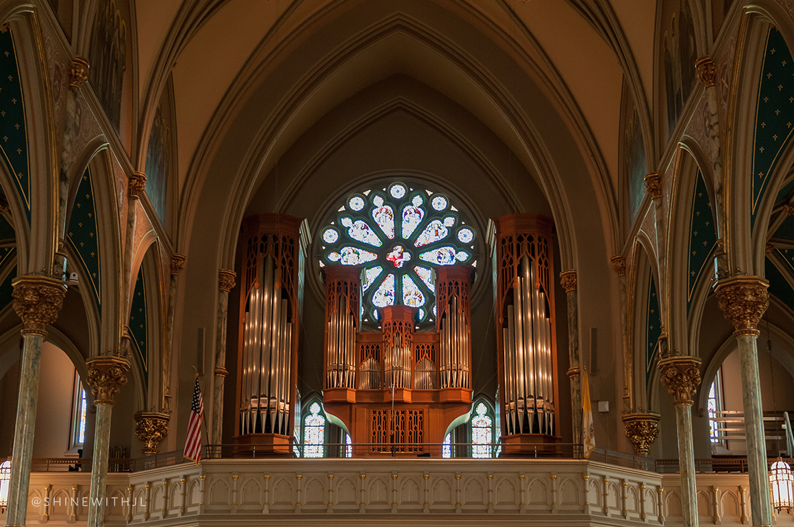 organ and stained glass window cathedral of saint john the baptist savannah