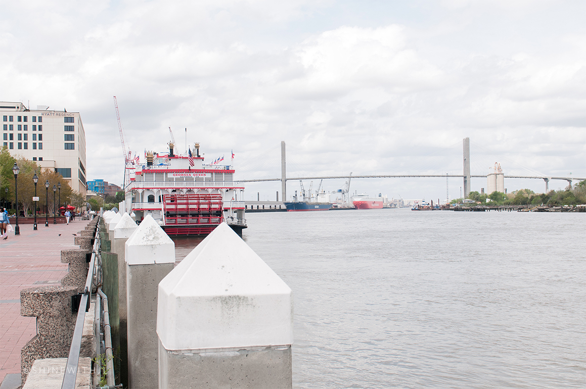 talmadge memorial bridge savannah river and riverboat