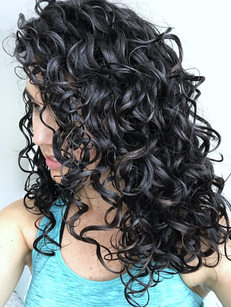 2c 3a curly hair with kinky-curly products