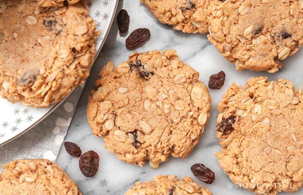 oatmeal raisin cookies shinewithjl
