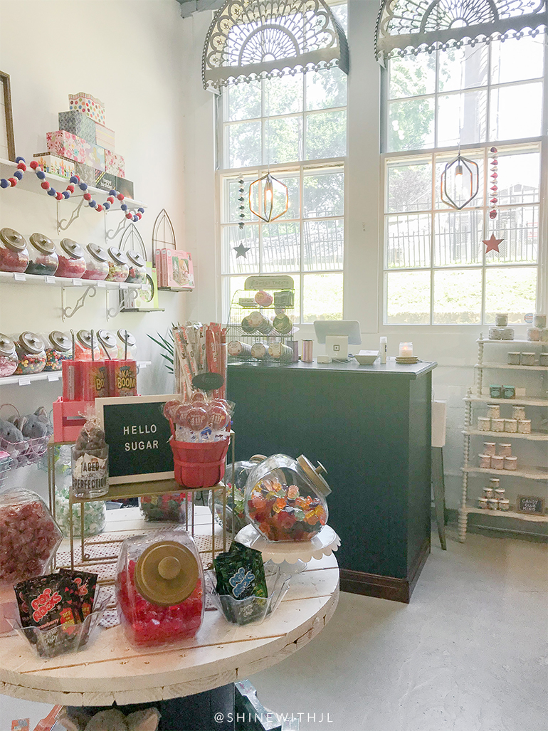 candy-boutique-things-to-do-newburgh-indiana