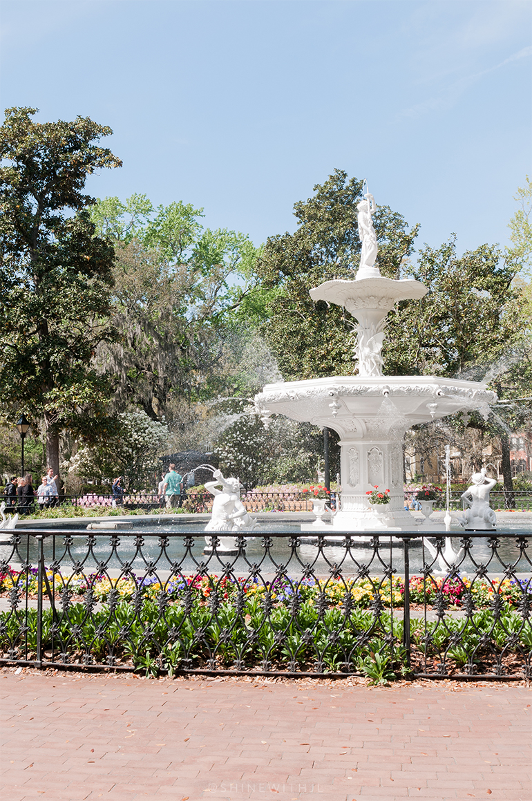 forsyth park fountain spring shinewithjl
