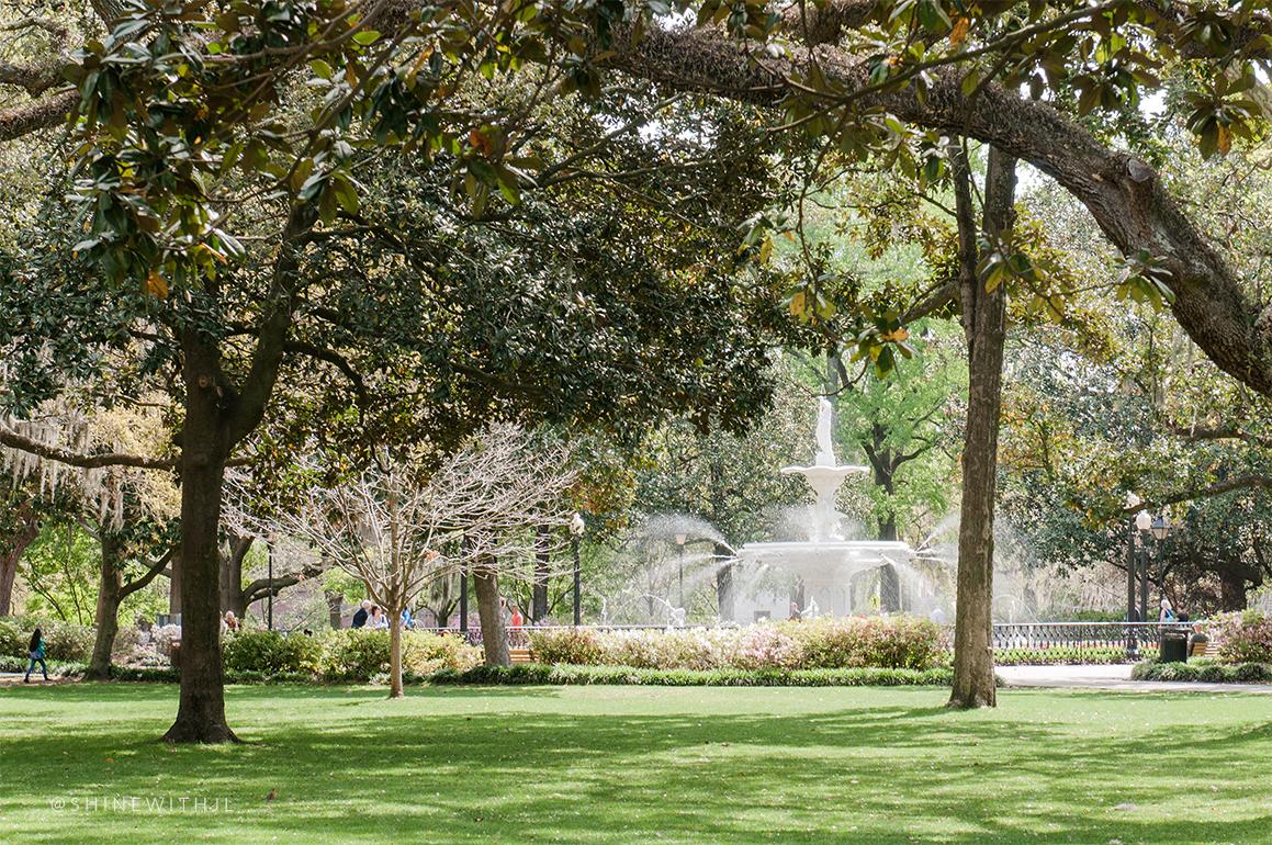 forsyth park Savannah visit water fountain