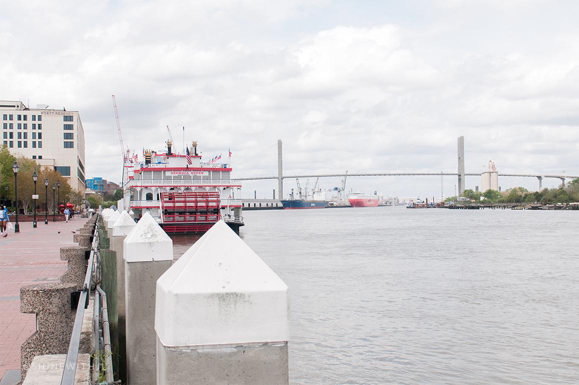 talmadge memorial bridge savannah river and riverboat