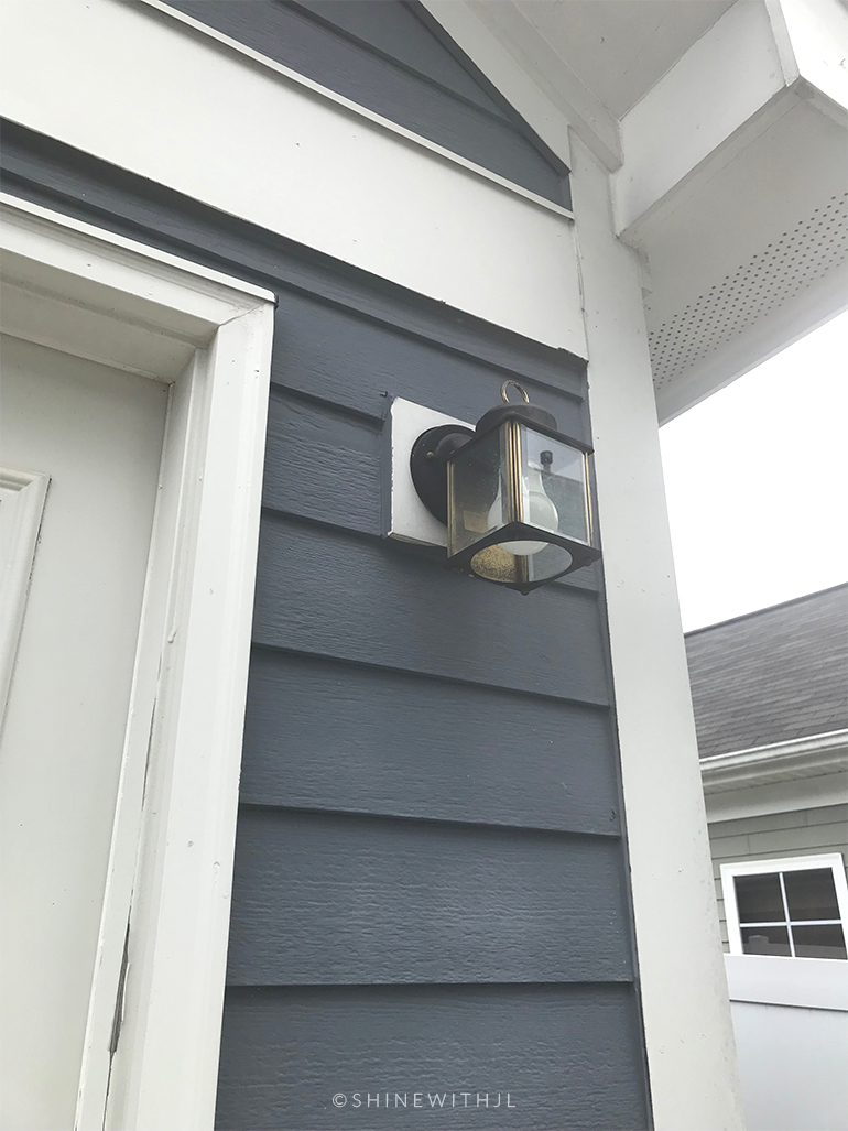 old small outdoor light fixture