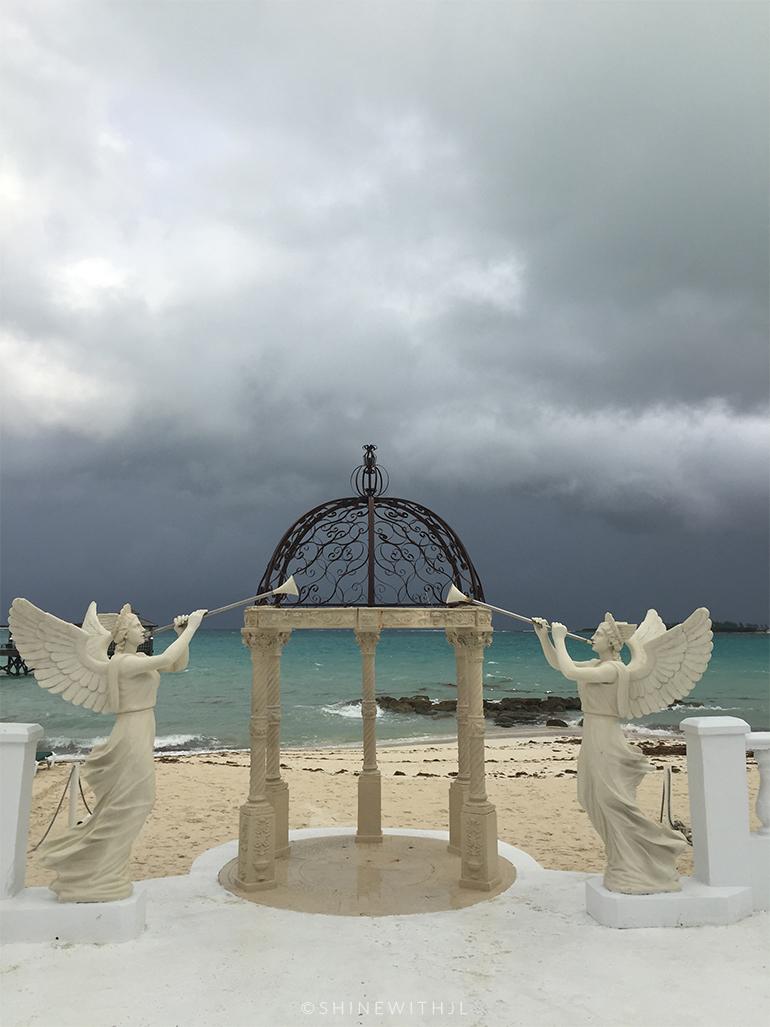 rainy-season-bahamas-sandals-royal-bahamian-shinewithjl
