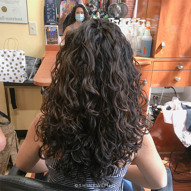 dark-curly-hair-with-curly-highlights-shinewithjl